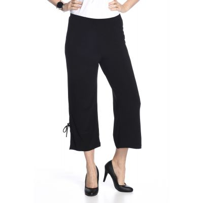 Stretch Waist Tie-Up Capri in Black