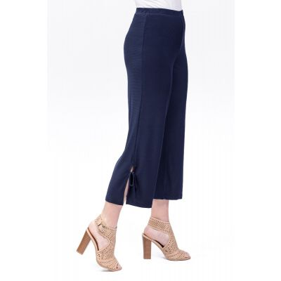 Stretch Waist Tie-Up Capri in Navy
