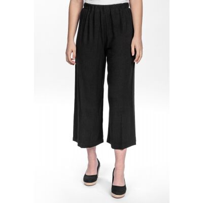 Linen-Cotton Blend Wide Leg Capri in Black
